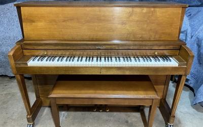 Baldwin Studio Piano